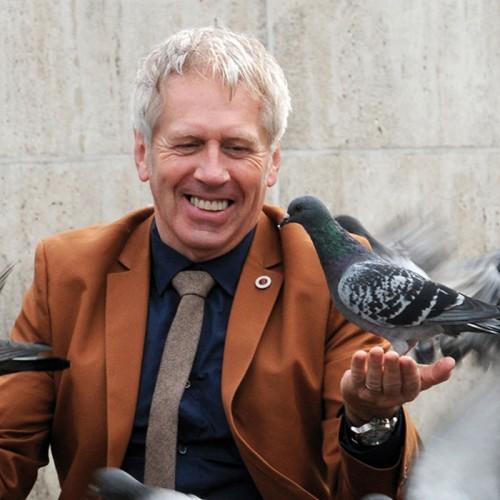 Engeland John Gration, boek Tutti frutti, het succes van kleurrijk en ondernemend Nederland